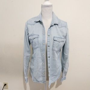 chambray top American eagle slim fit